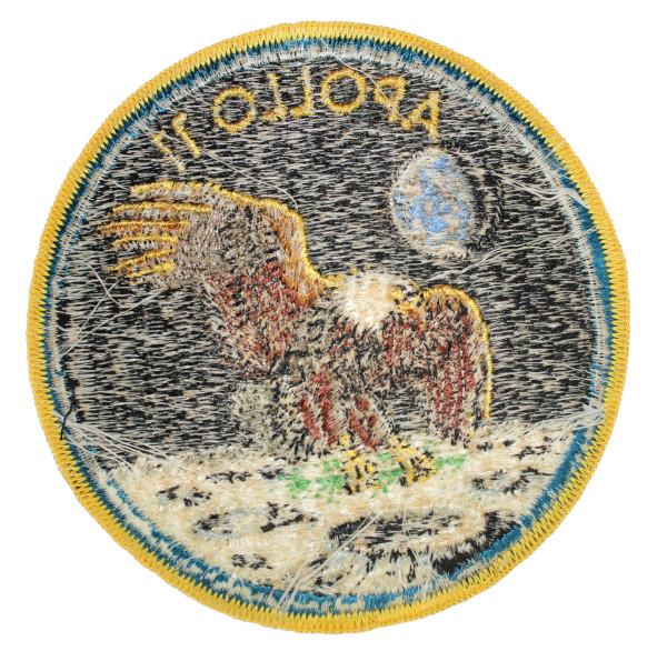 image Apollo 11 mission patch, worn in quarantine - reverse