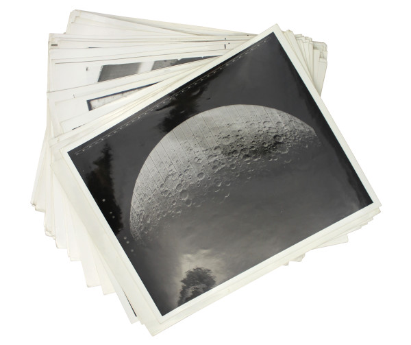image Image from NASA Surveyor 3 Press Pack